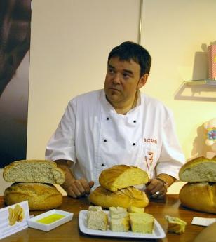 Taller y cata de pan con Eduardo Bizkarra en Azkuna Zentroa de Bilbao