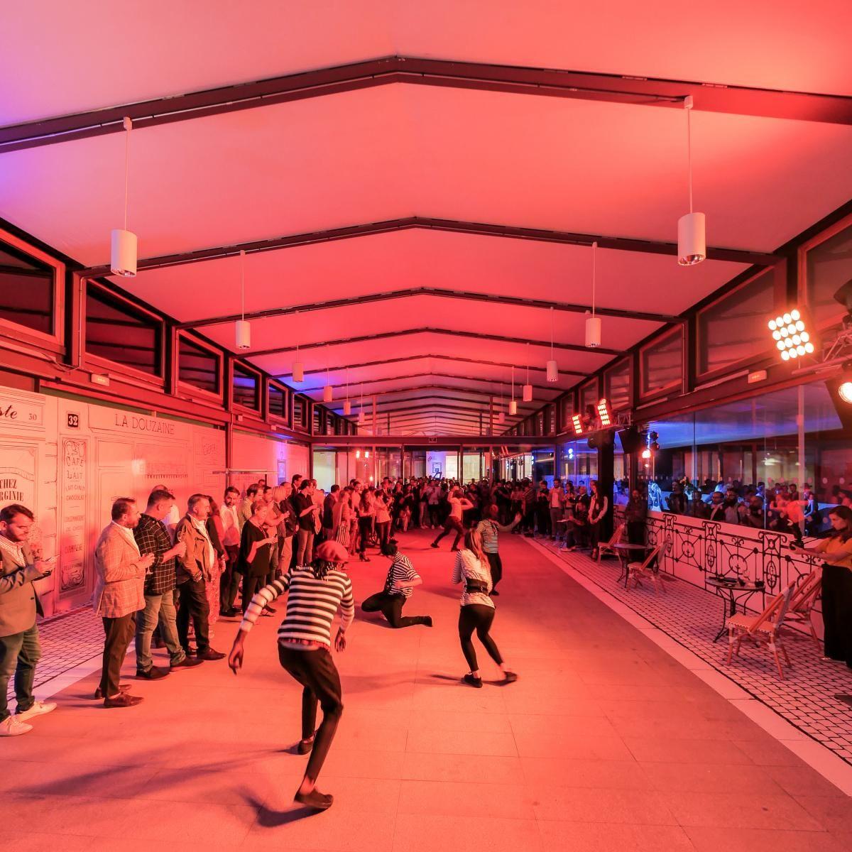 Empresas: GROHE recrea en el COAM el lado más vanguardista de París para inaugurar su nuevo showroom | Autor del artículo: Finanzas.com