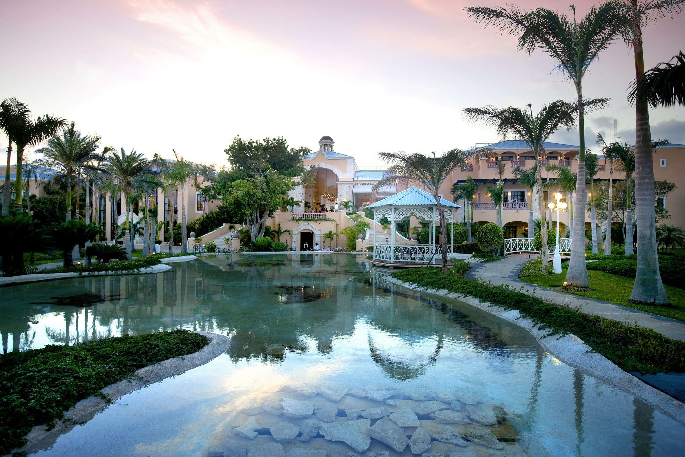 El hotel boutique Royal Hideaway Playacar redefine el lujo en plena Riviera Maya