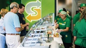 Subway refresca su imagen en España