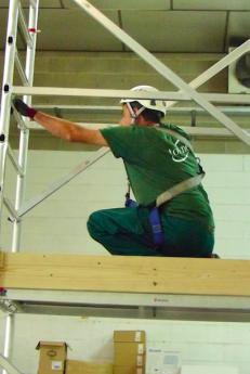 La formación preventiva de trabajos en altura, una premisa imprescindible en el sector de la limpieza