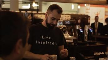 Barista de Cafés Candelas, Rubén Sánchez, elaborará café durante el XVI Congreso Internacional de Protocolo
