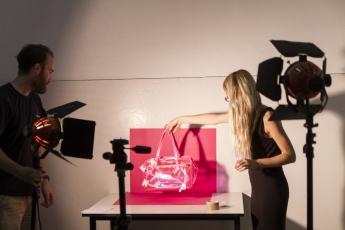 La prestigiosa escuela de diseño IED Madrid ofrece cursos de un año en fotografía creativa con comienzo en enero