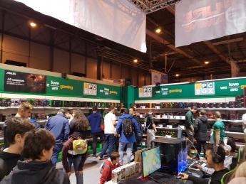 Foto de Tienda y arena de gaming de PCBox en Gamergy