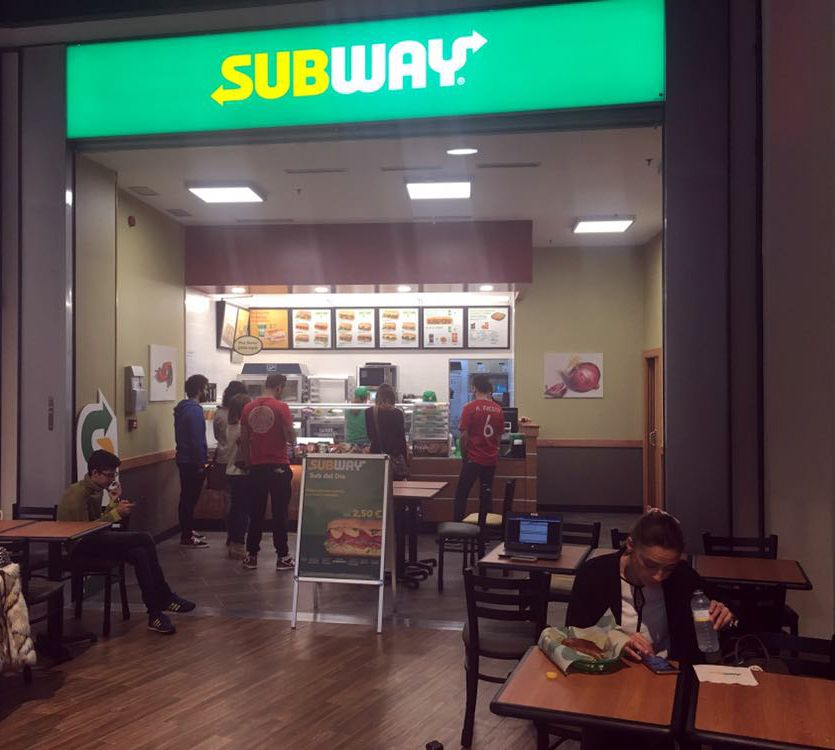 Foto de La franquicia Subway inaugura en intu Asturias