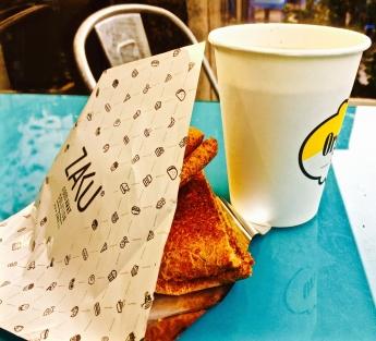 Foto de Desayuno y café con ZAKU