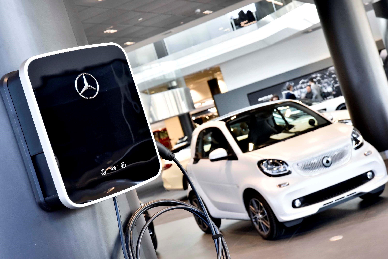 Fotografia Un wallbox en la planta inferior de Mercedes-Benz Madrid