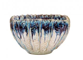 Foto de Gran fuente de cerámica de forma rectangular e irregular