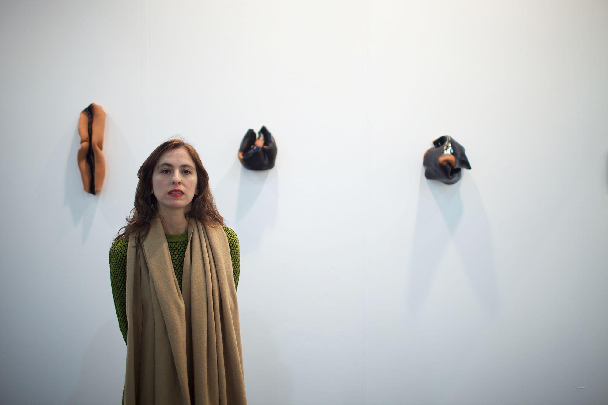 Foto de Lucía Pizzani muestra sus formas Límbicas