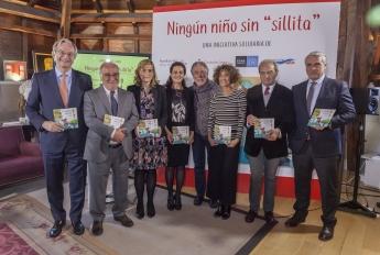 Foto Familia Línea Directa Ningún Niño Sin 'Sillita'