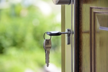 Puertas blindadas y acorazadas, una medida de creciente popularidad contra la delincuencia