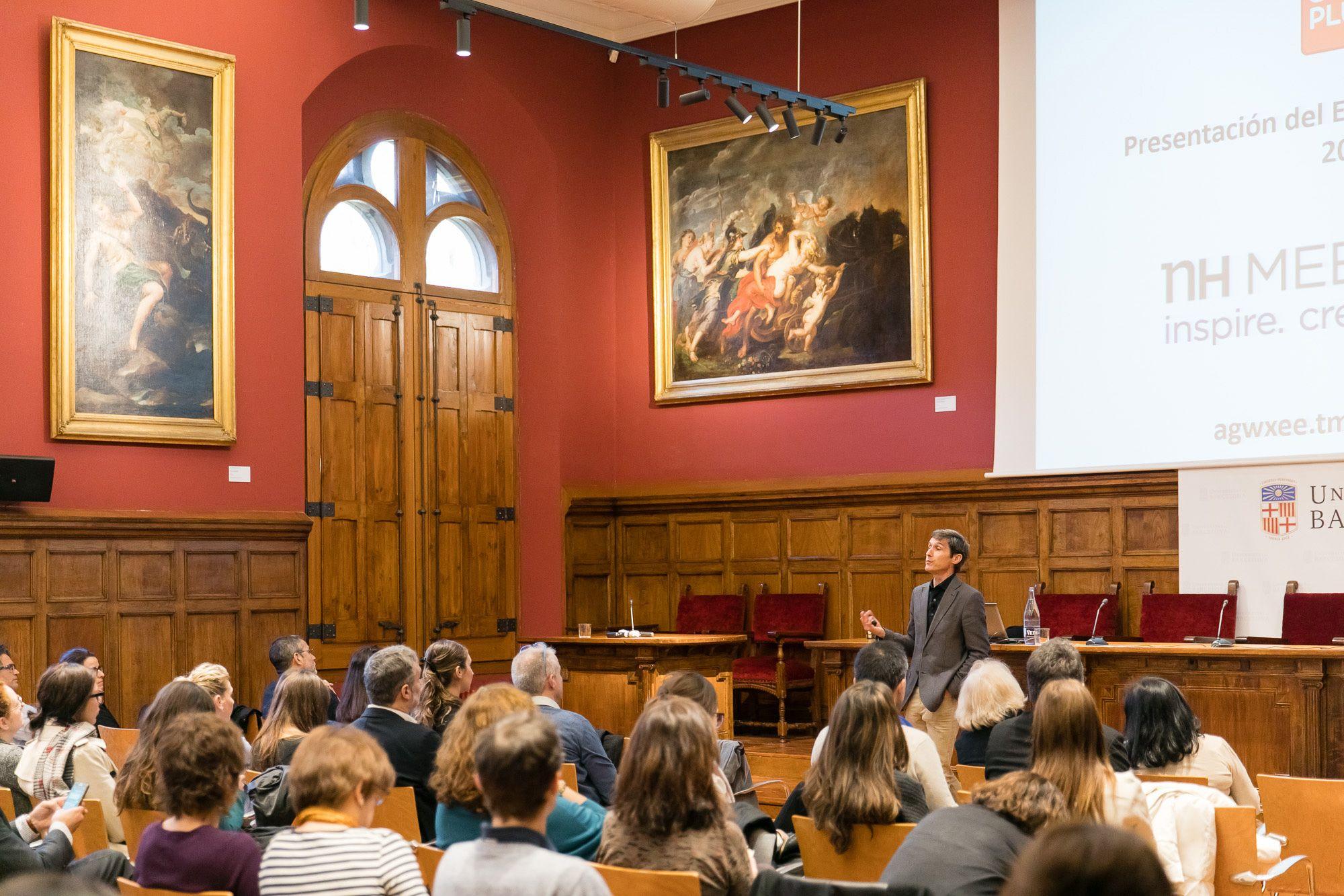 Foto de Presentación del Estudio de Mercado en Universitat de