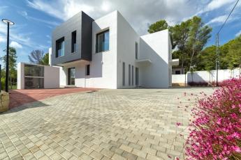 5 ventajas de invertir en la costa española, según Instituto de Valoraciones