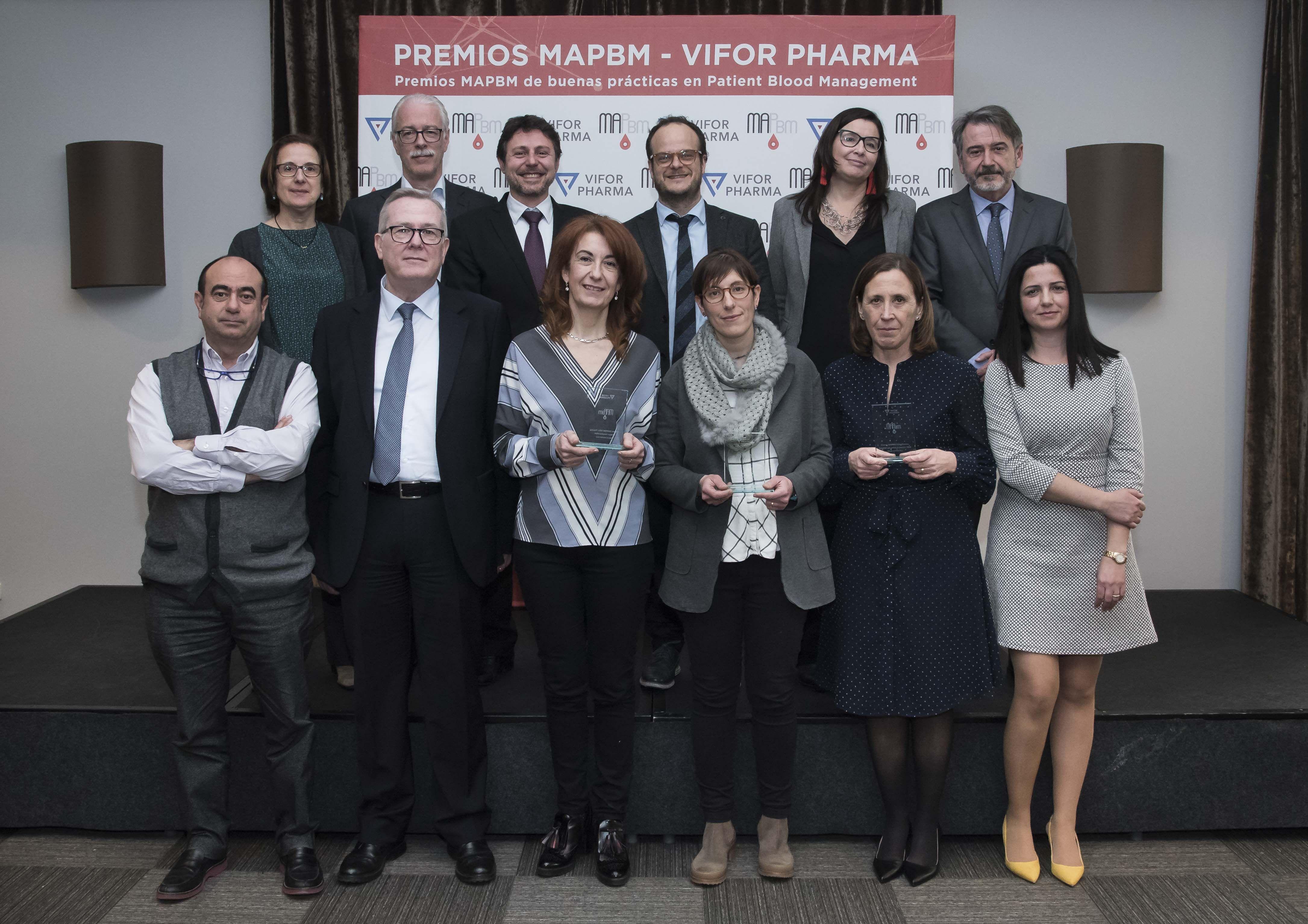 Foto de Galardonados Premios MAPBM-Vifor y miembros del jurado