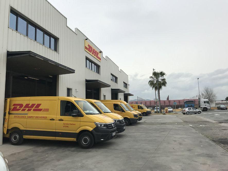 Dhl express en m laga se traslada a una nueva instalaci n for Oficinas de dhl en madrid