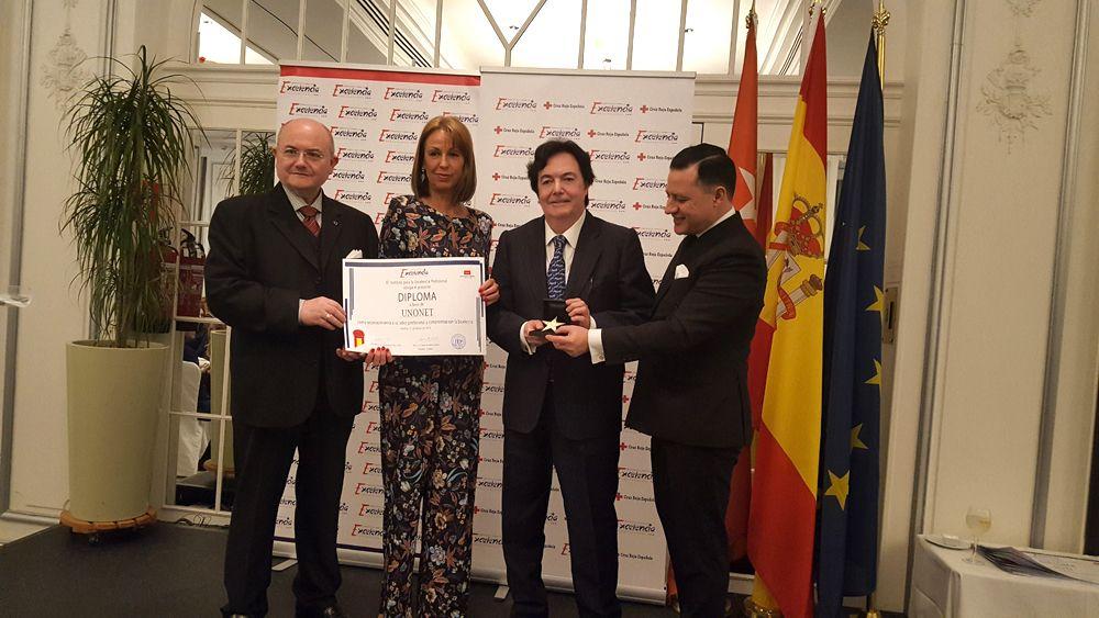 Foto de Unonet recibe la Estrella de Oro