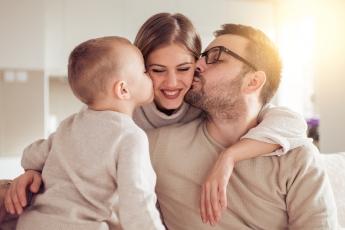 Clínica Den quiere que todas las madres sonrían