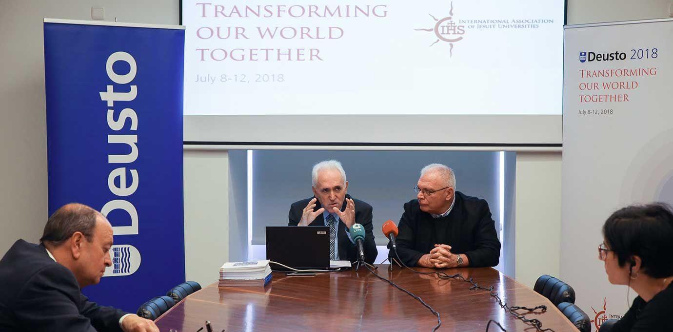 Foto de Presentación de la Asamblea Mundial de Instituciones