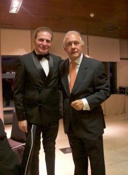 El reconocido Dr. Alberto Lajo recibe la Medalla de Oro al Mérito en el Trabajo del 2018