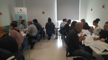 La Fundación Adecco realiza un speednetworking con 10 valencianos con discapacidad