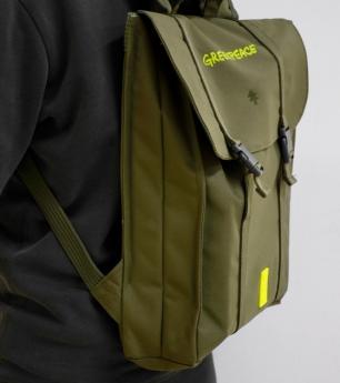 Lefrik diseña dos mochilas para Greenpeace Grecia en apoyo al movimiento #PlanetFriendly