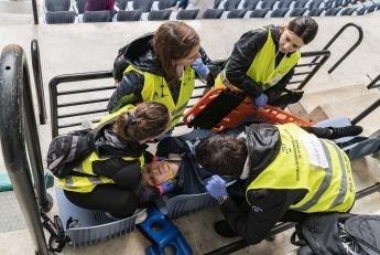 Más de 150 profesionales participan en un ejercicio práctico de Emergencias en Illunbe (San Sebastián)
