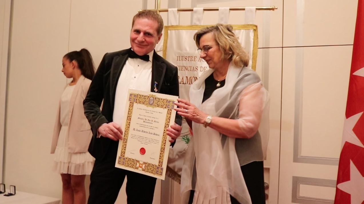 Fotografia Alberto Lajo, premio medalla al mérito humanitario