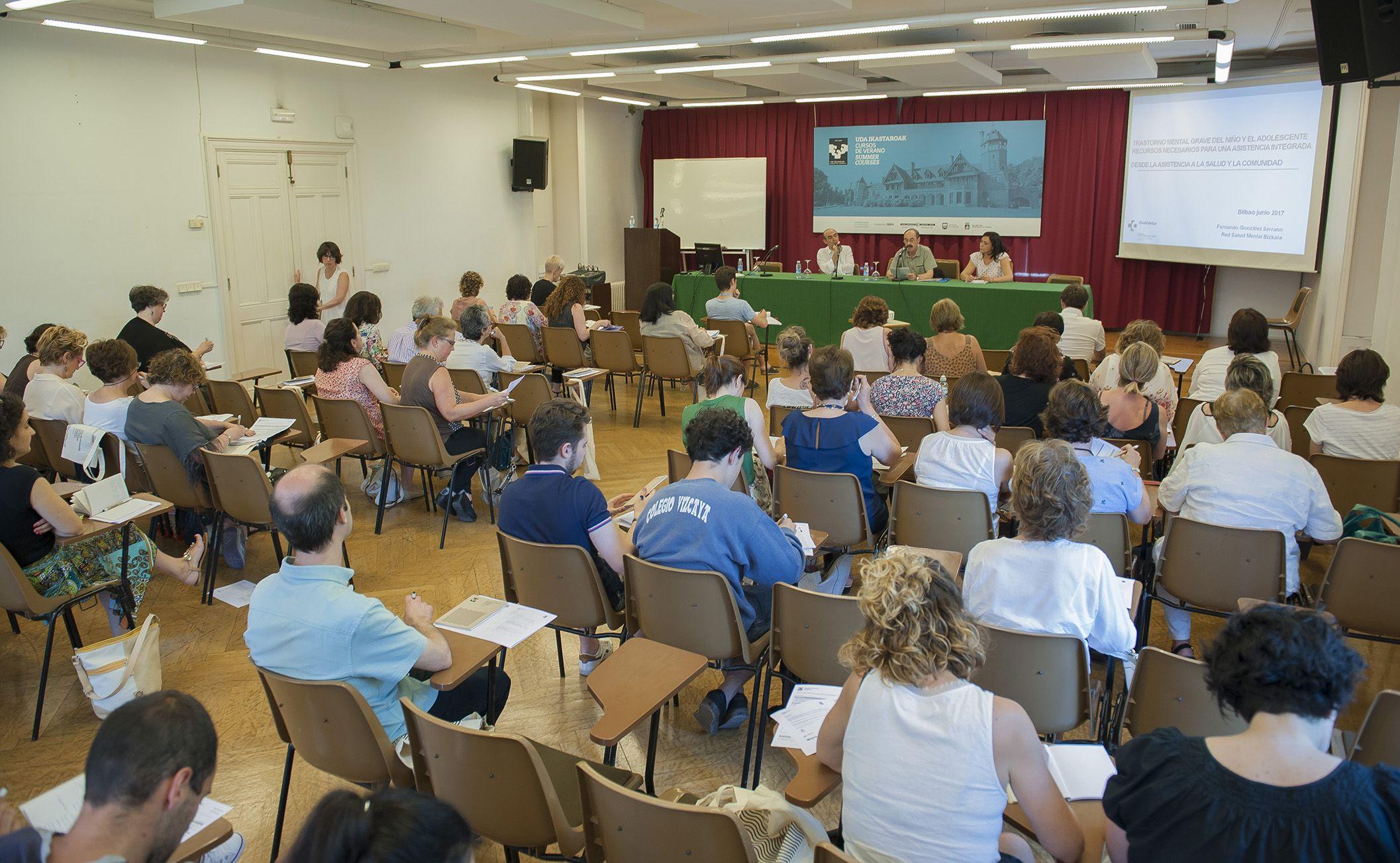 Foto de FOTO: Imagen de la Jornada profesional organizada por el