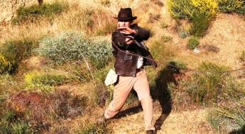 Foto de El protagonista del Fan Film manejando el látigo