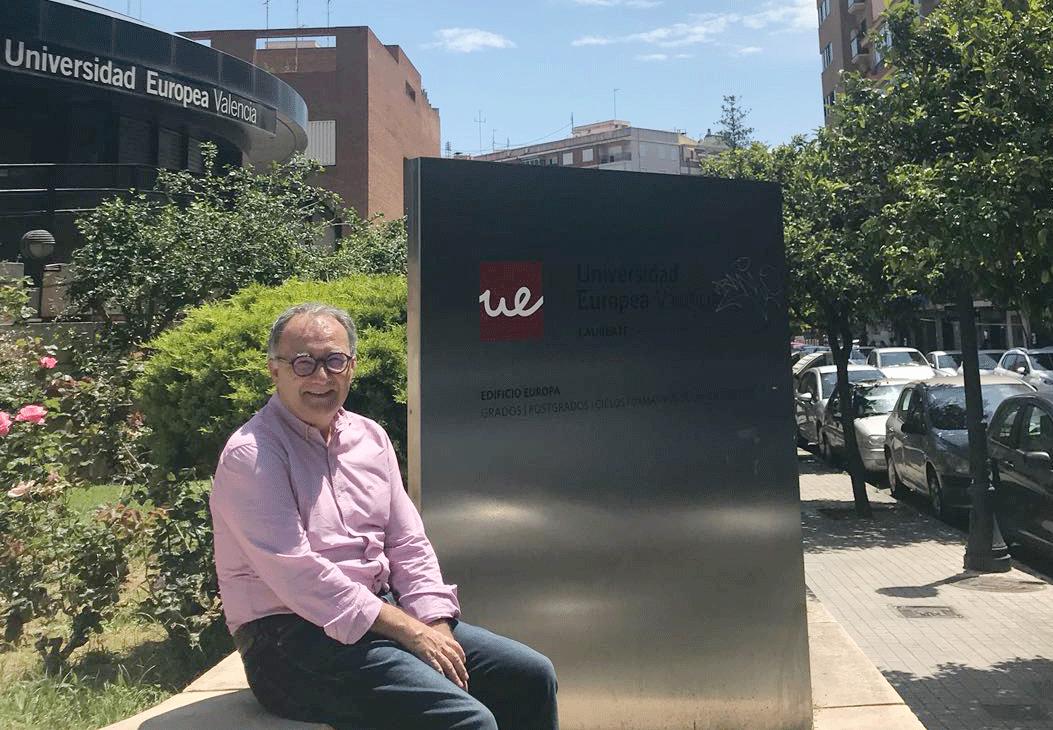 Foto de Dr. Rafael Lostado