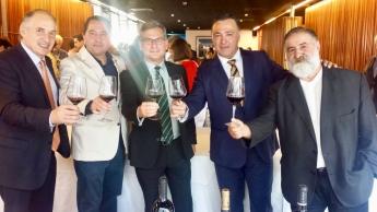 Bodegas Viña Vilano reúne a más de doscientos expertos en la presentación de