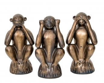 Escultura monos sabios. Sandra Marcos.