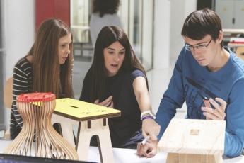 Becas para los másteres más innovadores de diseño de producto e innovación textil, en IED Madrid