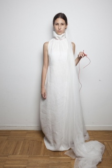 El futuro de la moda en España mostró ayer sus creaciones en el Parque del Retiro