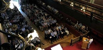 La Asamblea de Universidades Jesuitas celebra en Deusto su tercera jornada con Pankaj Mishra y Gaël Giraud