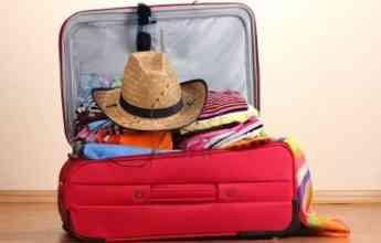 Paz Herrera  muestra cómo hacer la maleta perfecta de verano en 10 pasos