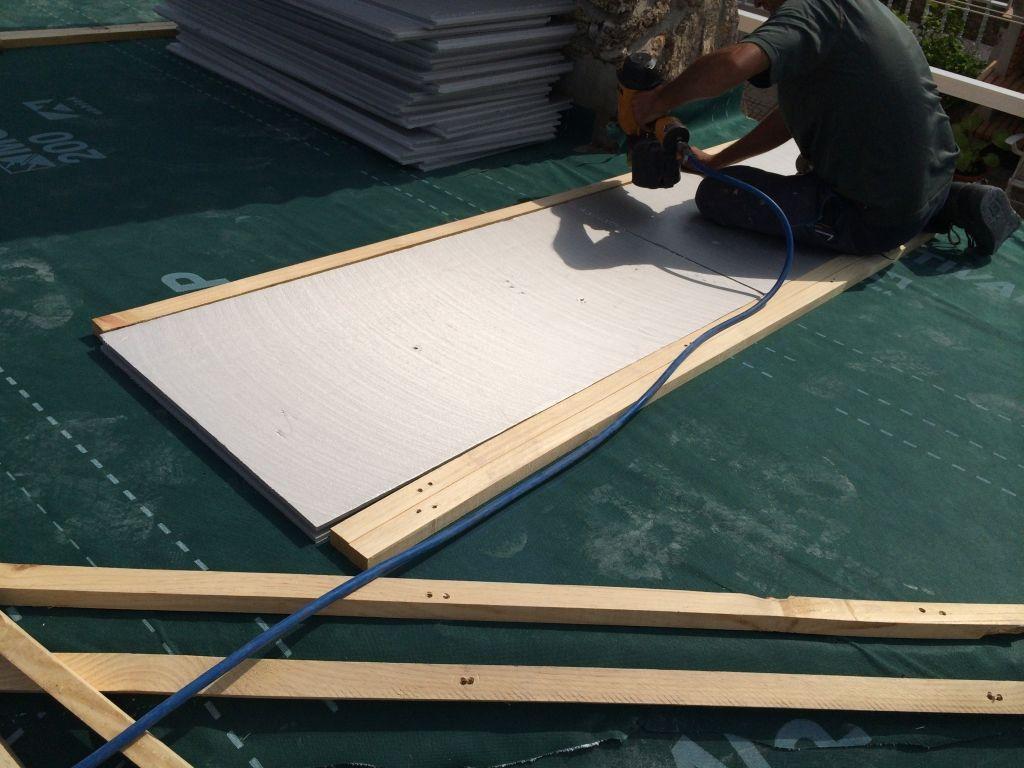 Foto de aislar tejado de pizarra