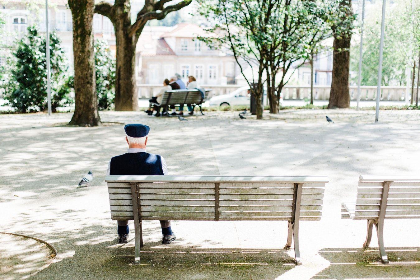 Foto de Anciano en el parque