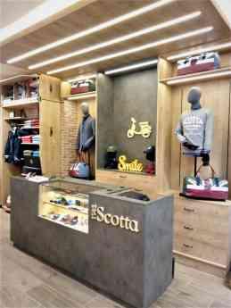 Foto de Interior de la tienda Scotta 1985 en Valencia