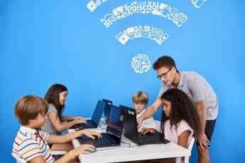 La escuela internacional de programación Logiscool se establece en Valencia