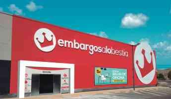 La empresa murciana Embargosalobestia abre su decimosegunda tienda en el recinto de Nueva Condomina