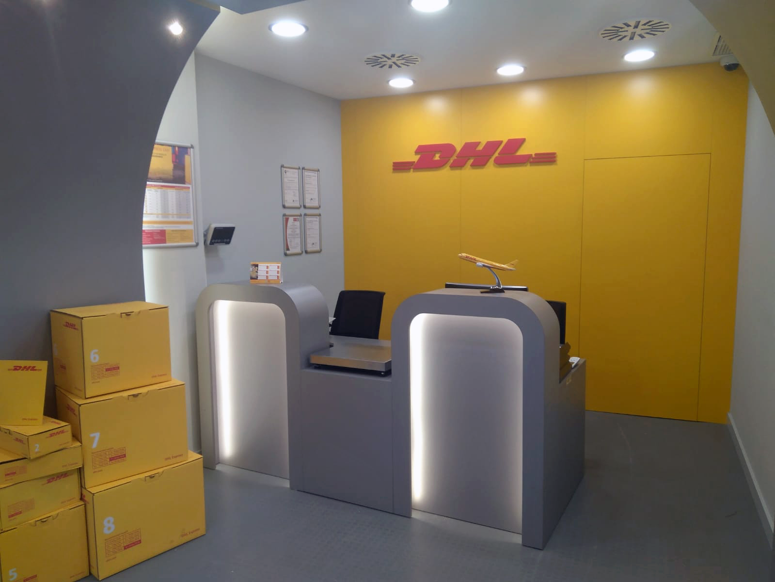 Foto de Express Center de DHL Express en Alicante