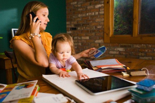 Fotografia 7º Informe Monomarentalidad y Empleo Fundación Adecco