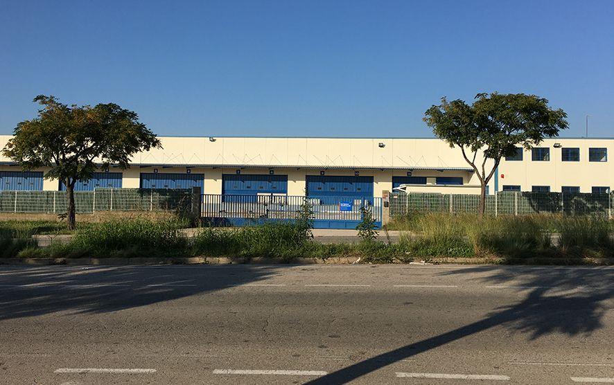 Foto de Nave DHL Express en Tarragona, antes de su reforma