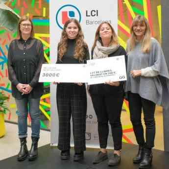Anna Corsà recibe el Premio LCI Barcelona al Mejor Trabajo de Investigación de Bachillerato
