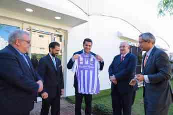 Foto de Entrega de la camiseta del Real Valladolid
