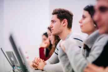 Más de 4000 alumnos de 90 nacionalidades inician el curso en EAE Business School