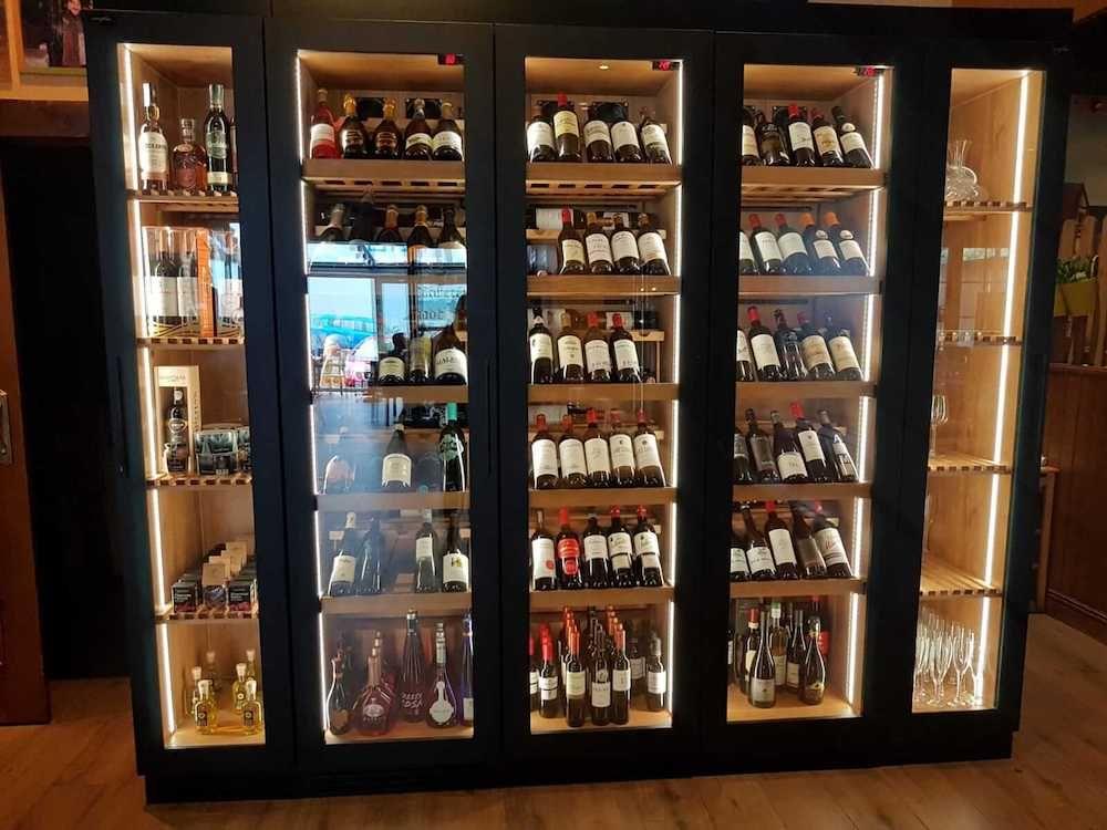 Foto de Comprar vinoteca