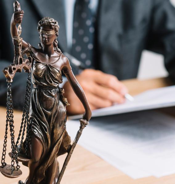 Foto de Las 10 cosas en las que te puede ayudar un abogado