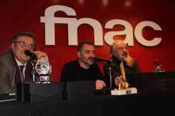 Foto de El autor José Luis Muñoz, J.D Álvarez y Emilio Porta